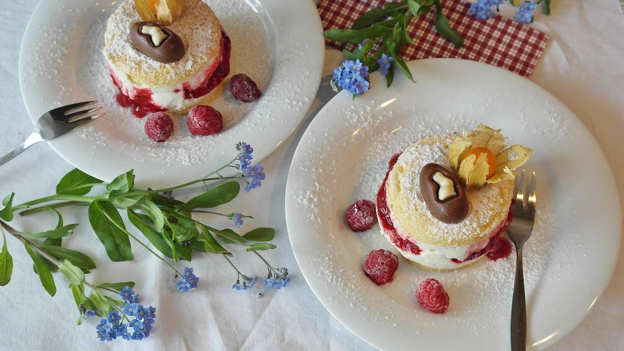 cc0可商用高清食品图片,盘子,红色,鲜花