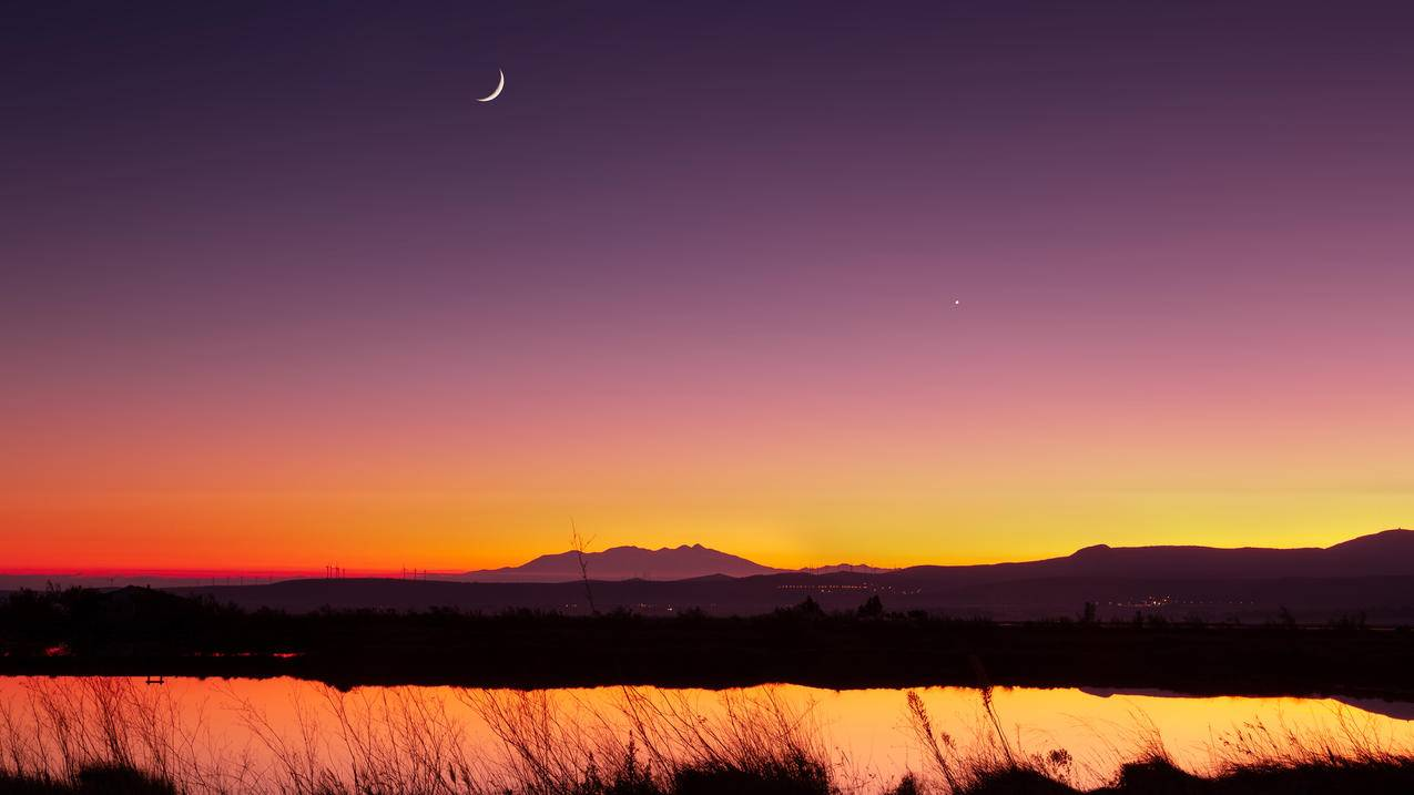 半月风景,日落,湖面,自然,4k风景壁纸3840x2160
