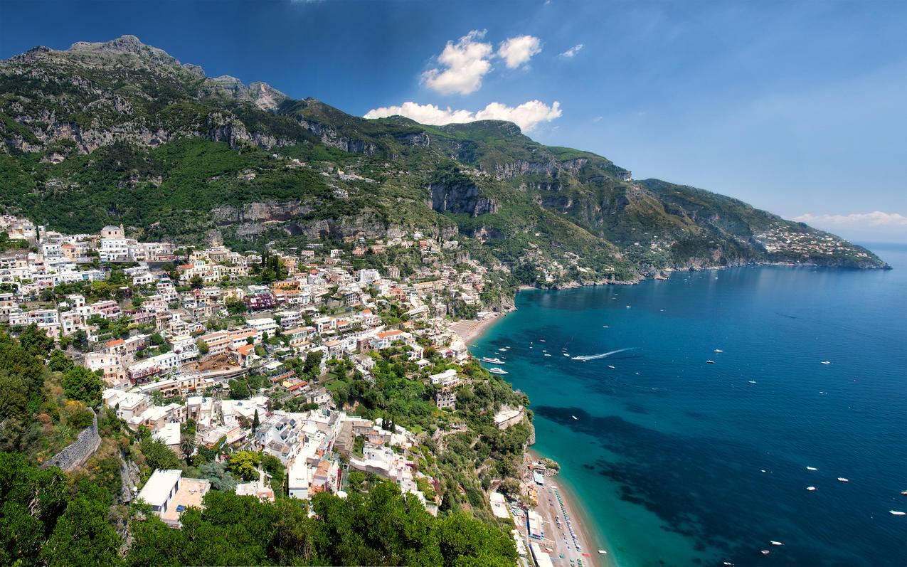 意大利波西塔诺,阿马尔菲海岸4K风景壁纸