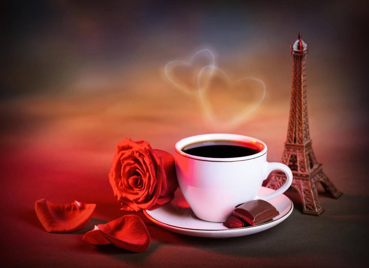 埃菲尔铁塔模型,咖啡,爱心,红色玫瑰,花瓣,图片