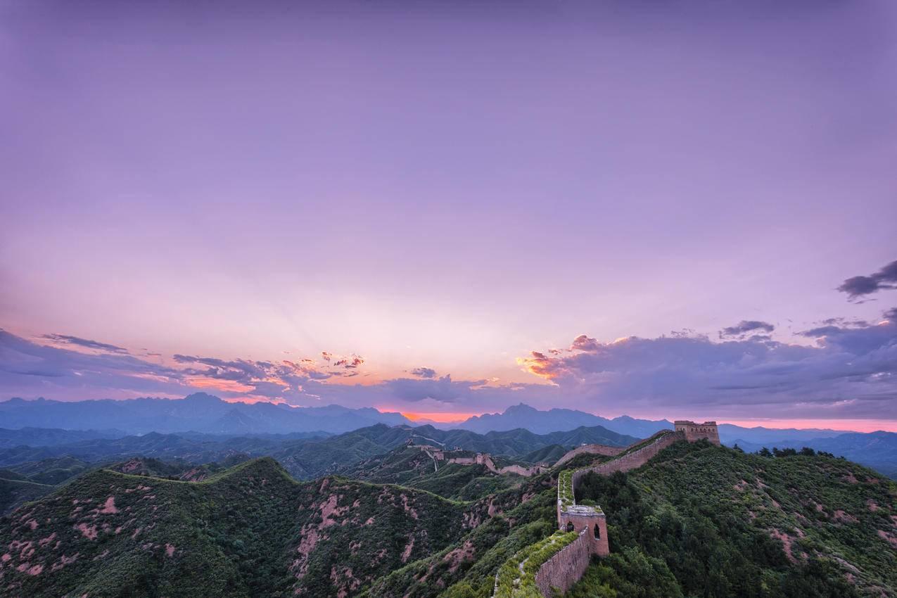 清晨美丽的万里长城风景摄影5K壁纸