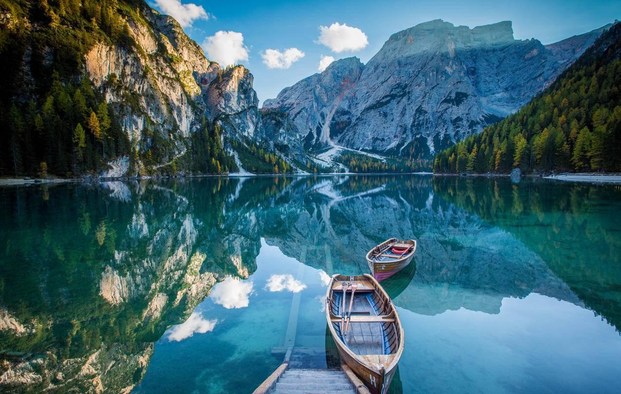 湖,倒影,船,5K风景壁纸