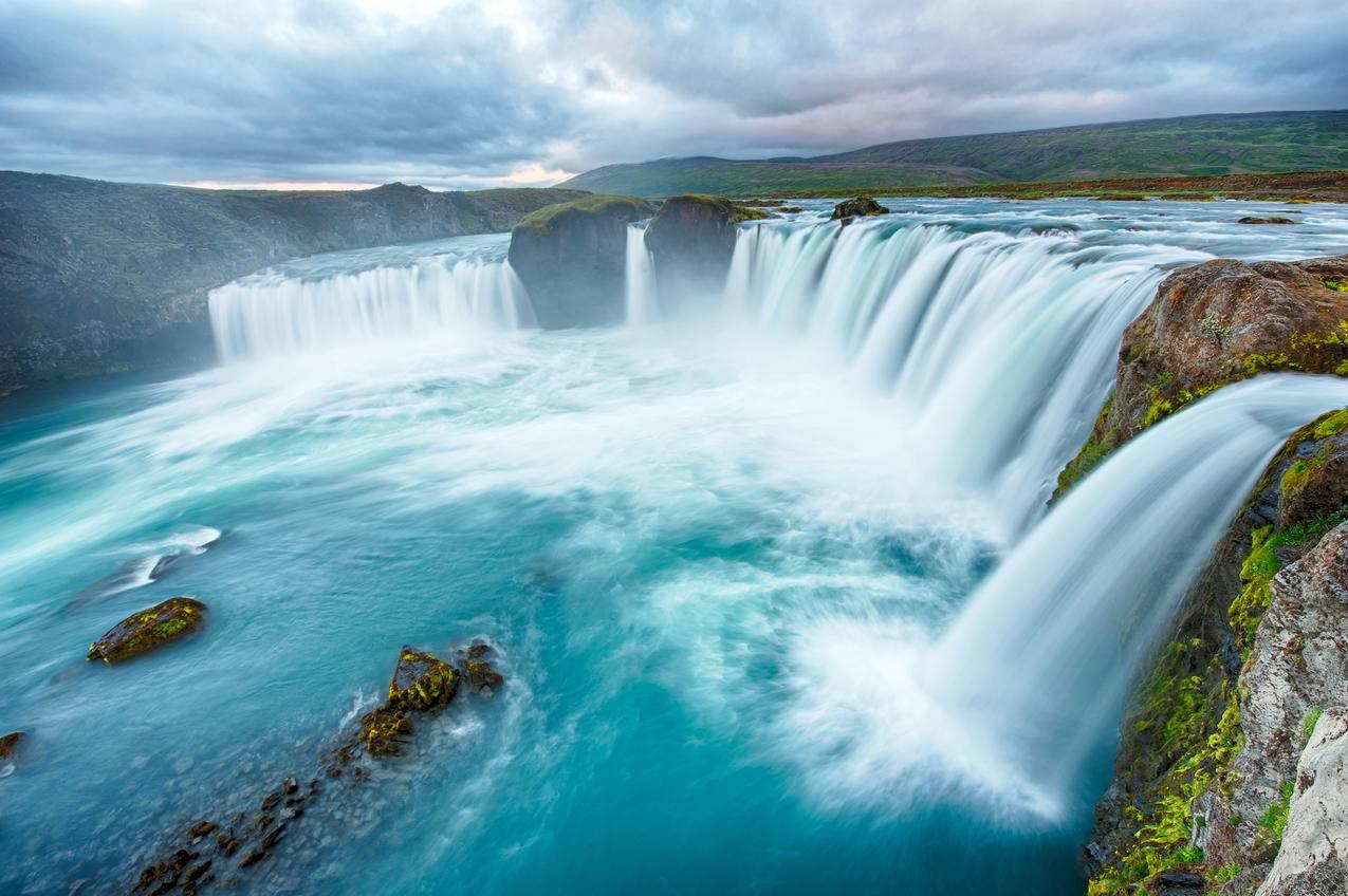 云,河,瀑布,5K风景壁纸