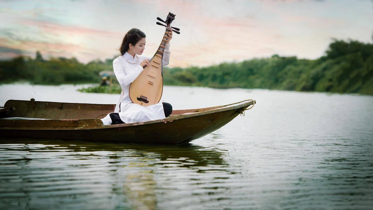 湖水,小船,女孩,琵琶,摄影图片