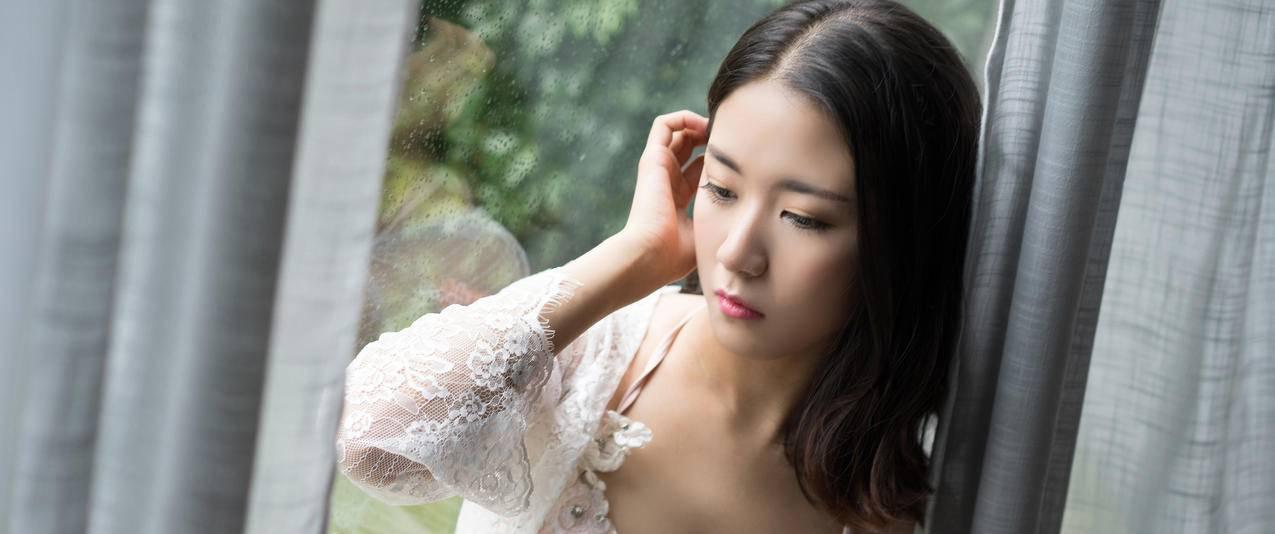 性感白色内衣美女模特宁宁3440x1440壁纸