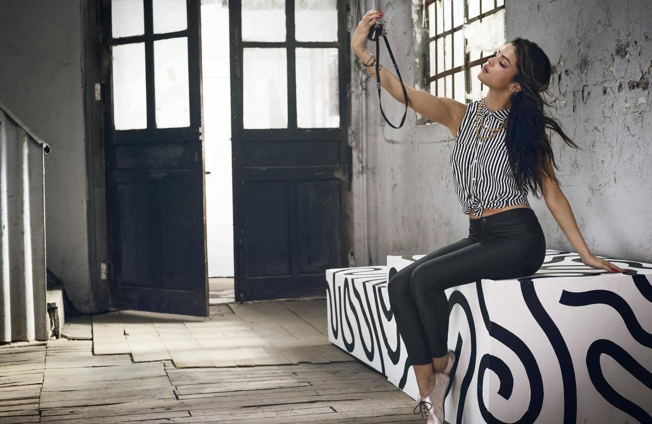 赛琳娜戈麦斯4K美女明星壁纸
