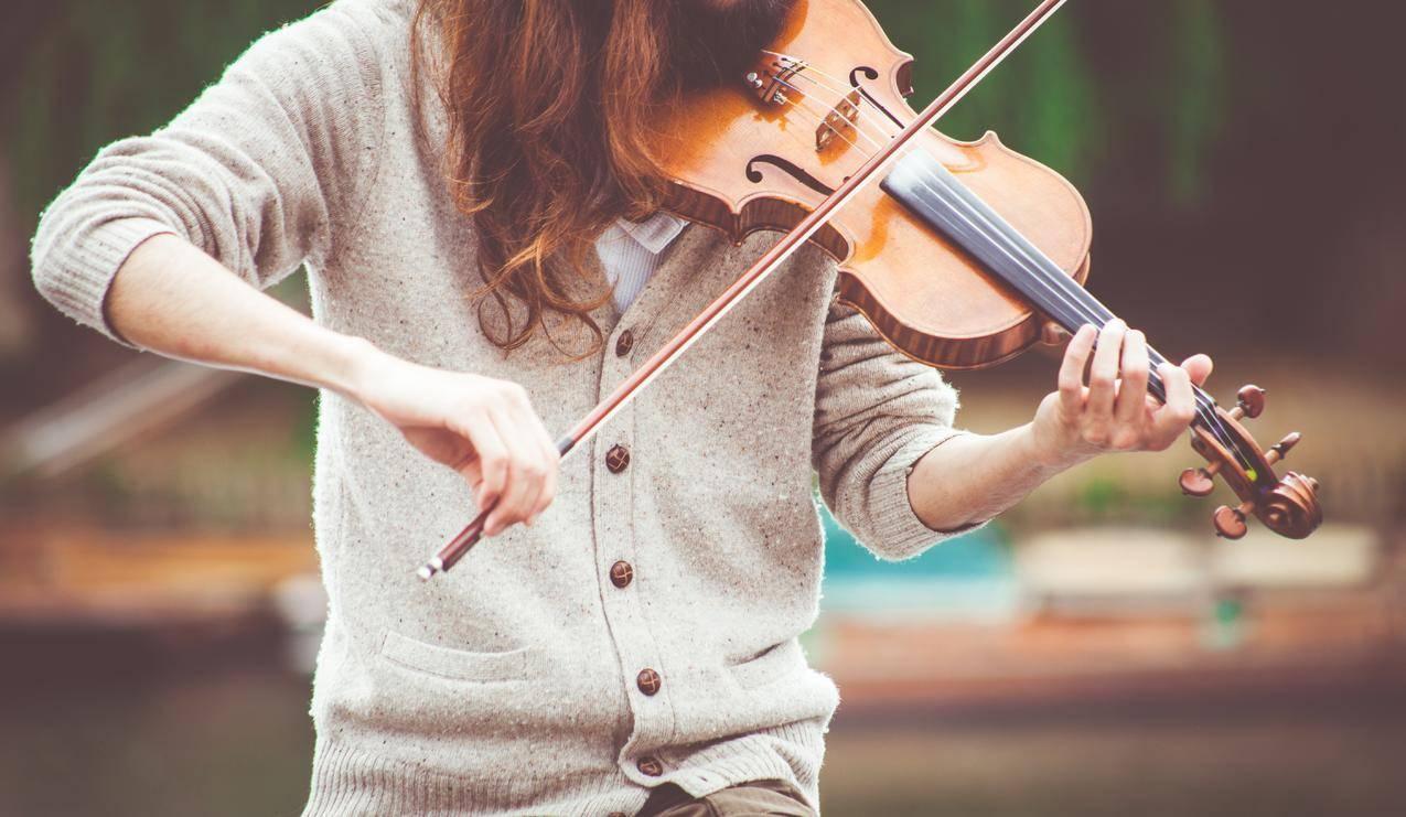 小提琴,女孩,唯美艺术5K壁纸